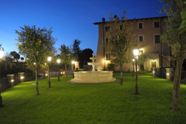 http://www.hotelschooluniversity.it/wp-content/uploads/2017/04/Hsu_Campus_Boccea-12-600x400.jpg